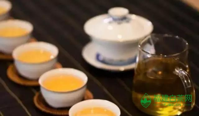 """普洱茶的几种""""怪味"""""""
