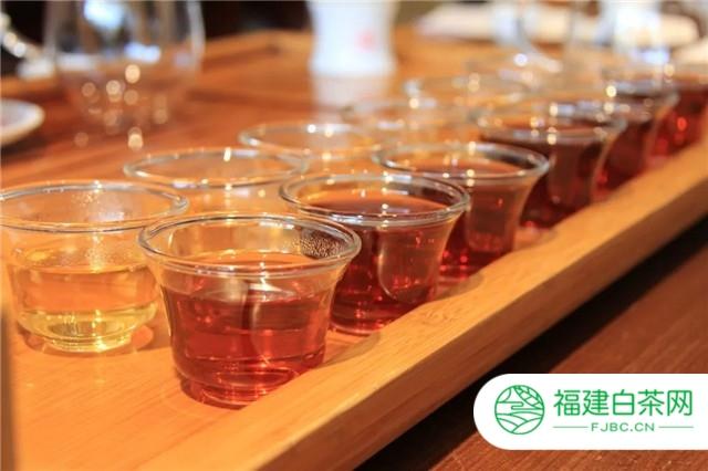 看吴晓波跨年演讲,思普洱茶未来简史