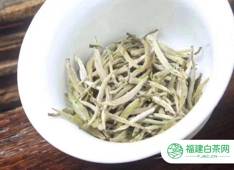 福鼎白茶药用价值简述