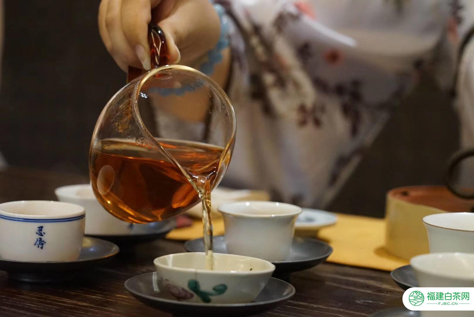"""普洱茶的陈化潜力怎么判断?这样""""找茬"""",说明你做对了"""