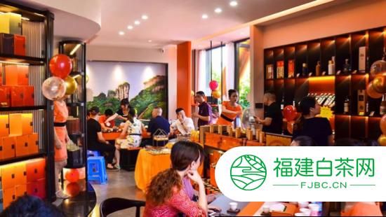 中国名山茶品牌龙叙堂频传捷报:三天喜提三店,加速扩张连锁版图