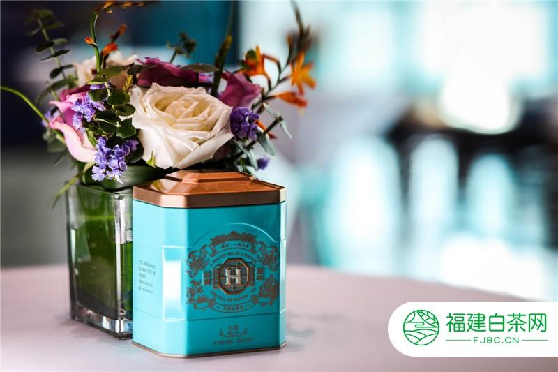 打破传统!中国的茶品牌终于出了这么一个时尚茶品牌