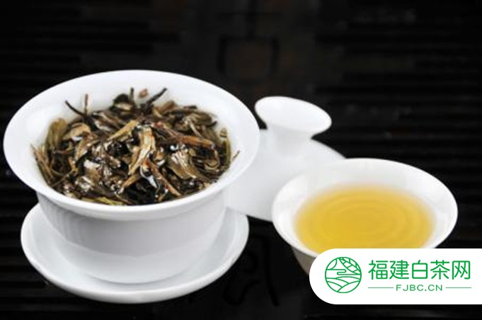 白牡丹茶饼放几年好喝?放几年算老白茶?