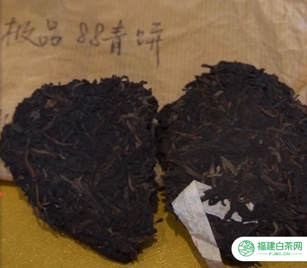揭秘:16万一片的88青饼普洱茶,究竟是何种韵味?口感到底好在哪?