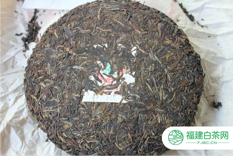 解析97水蓝印普洱茶重要特征,名不虚传的88青饼继承人