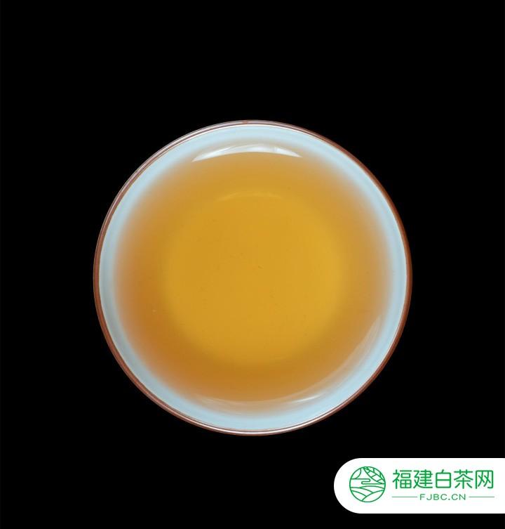 小喜年茶评|2004年易武麻黑