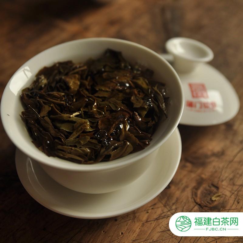 云南白茶什么味道