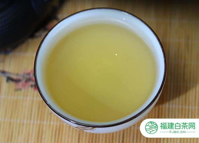 白牡丹白茶的功效主要包括