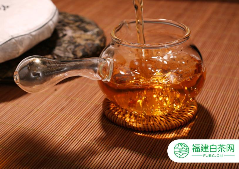 用紫砂壶冲泡寿眉茶的方法