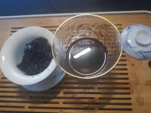 小茶控品鉴包の昔归熟普洱茶: 熟茶相伴!这凛冽又热气腾腾的冬天